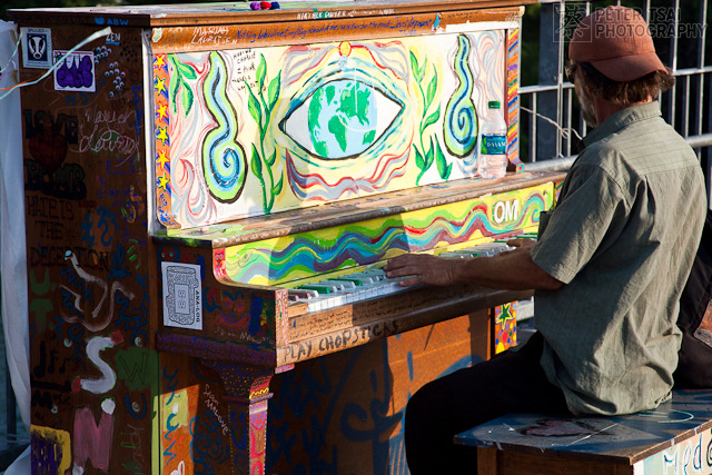 austin street art pianos 5 GoodBye Austin Street Pianos   Play Me Im Yours by the Austin Art Alliance