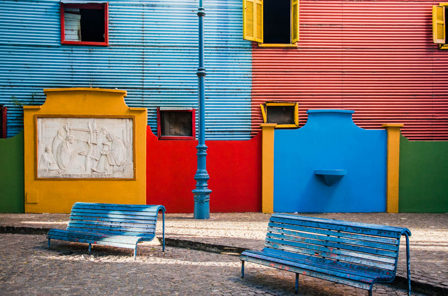 La_Boca_Argentina_colorful_walls