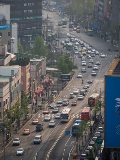 Car Traffic on Seoul Streets