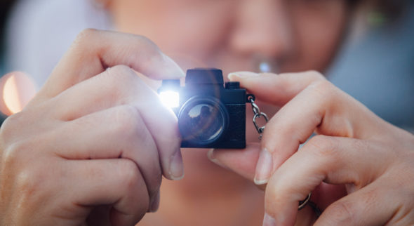 fun camera keychain with flash and SFX