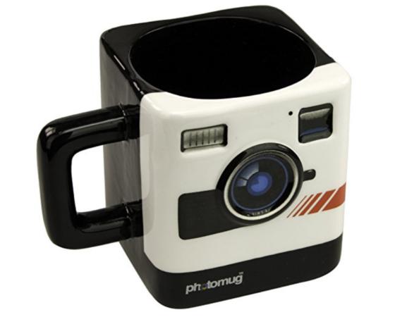 Mug shaped like a camera